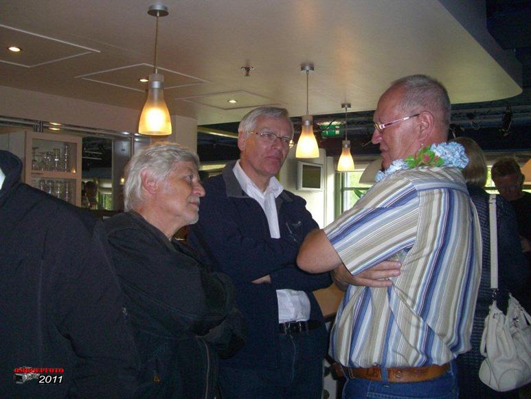 Op deze OmroepFoto : Met Ted Dellen en Frans Tjeenk Willink