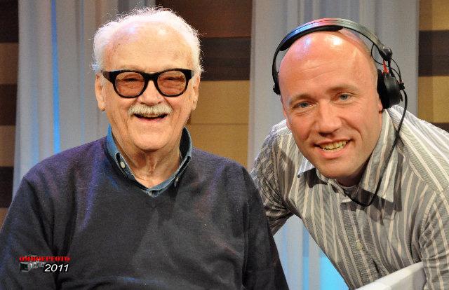 Op deze OmroepFoto : Opnameleider Martijn Beishuizen met Jean Toots Tielemans