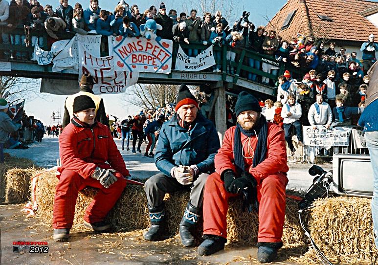 Op deze OmroepFoto : Links : James van Someren(?) Midden :  Fons de Beer en rechts Dick Horstman