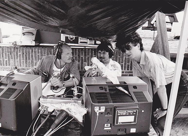 Op deze OmroepFoto : Nederland Muziekland in Heusden in 1986. Links Mark van 't Woud, naast hem Rudi Komaromi.