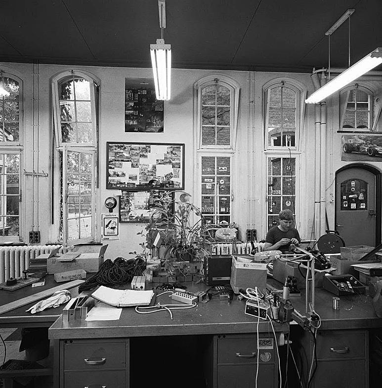 Op deze OmroepFoto : Hier begon ik (Willem Kroon) mijn tv carriere op 1 juni 1979.